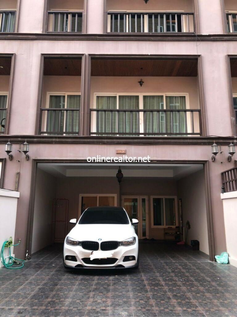 Townhome for Sale in Pattaya